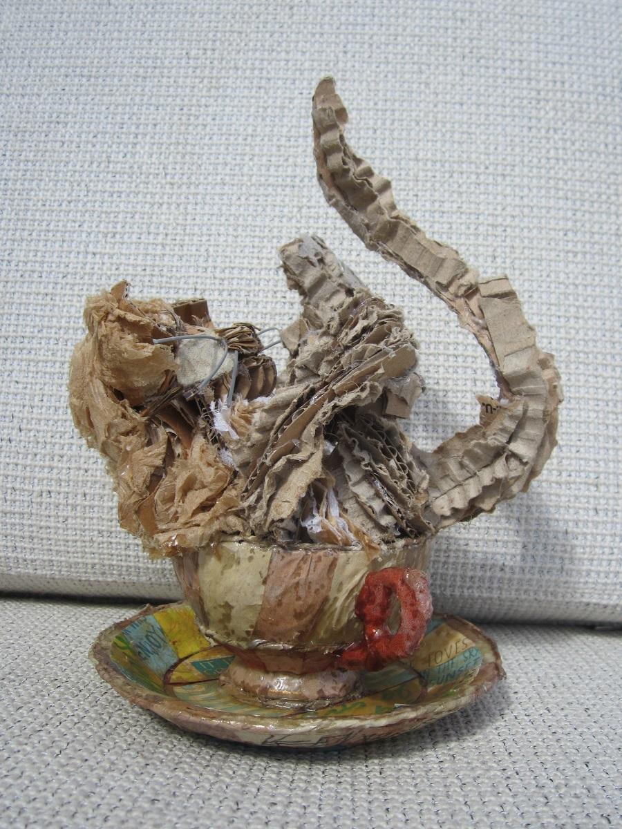 karen_garrett_rcl_sculpture_kitten_kaboodle_teacup_view2
